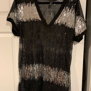 Mesh and Sequin Tee Shirt sz XL